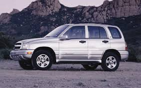 2004 Chevrolet Tracker - Information and photos - ZombieDrive