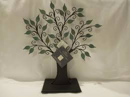 Hallmark Family Tree Photo Display Stand The Family Tree Keepsake Ornament Display Stand 100 No Box with Tags 9