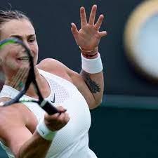 Wimbledon: Mitfavoritin Sabalenka mit Mühe in dritte Runde