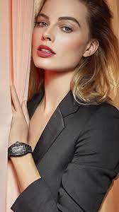 Margot Robbie Black Coat 4K Ultra HD ...