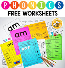 These kindergarten phonics worksheets feature rhyming words for short and long vowel sounds. Phonics Worksheets Kindergarten Mom
