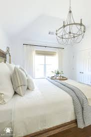 White Bedrooms Best 25 Blue And White Bedding Ideas On Pinterest Blue Bedding