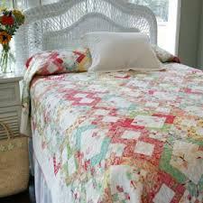 Candy Shop: Fat-Quarter-Friendly Bed Quilt Pattern & Corner Candy Shop: Fat-Quarter-Friendly Bed Quilt Pattern Adamdwight.com