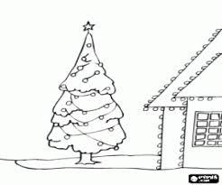Kleurplaat Huis En Boom Met Kerstverlichting Kleurplaten