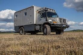 Luxury Mobile Home Meet Mercedes Benz Zetros Mobile Home An Off Road Explorer With A