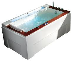 soro luxury whirlpool tub