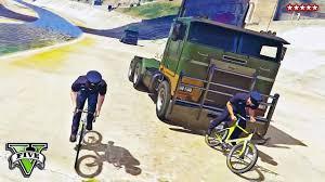 GTA <b>5</b> TRUCKS vs <b>BIKES</b> | Running Over Cyclists in Adversary <b>Mode</b>