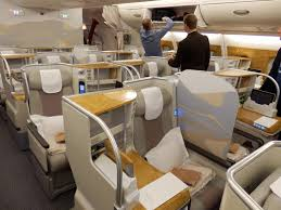 best business cl seats on emirates airbus a380