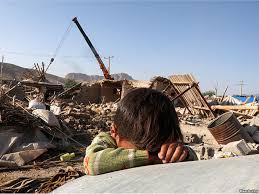 نتیجه تصویری برای کودکان زلزله زده