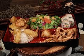 teriyaki en rice won ton vegetables shrimp on tempura 4pc california roll olive garden salad and rice lunch specials mon fri from 10am 2pm