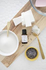 1 4 cup coconut oil 1 cup granulated sugar 25 drops of lavender essential oil 2 tablespoons chopped dried lavender petals silicone small ice cube tray