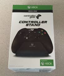 Xbox Design Lab Pro Charging Stand Microsoft Is Now Carrying The New Controller Gear Xbox Pro