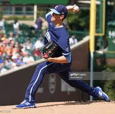 Kyle Hendricks of the Chicago Cubs ...