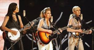 How the <b>Dixie Chicks</b>' Album '<b>Fly</b>' Took the Trio to New Heights