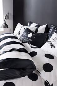 Bedroom Ideas With Black And White Bedding