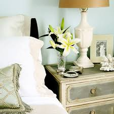 Image Lamps Quicks Tips For Decorating Your Nightstand Homedit Quicks Tips For Decorating Your Nightstand