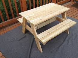 picture of kids picnic table