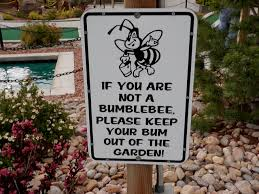we ve assembled some of our favorite funny garden signs get inspired by these garden ideas and craft one for your backyard or just sit back and have a