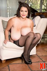 Xl girls in stockings