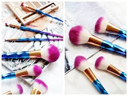 unicorn brush set. both the quality and details to these brushes are spot on dare i say it think love them more than my unicorn brushes! brush set