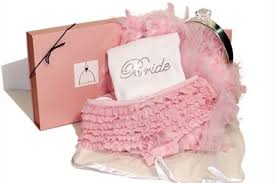 what should you know about bachelorette party gift giving etiquette everafterguide