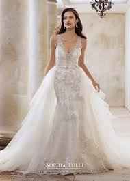 italian wedding dresses. Find Out Full Gallery of Elegant Italian Wedding Dress Designers