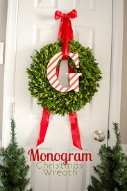 Front Door Wreaths To Beautify Your HomeHoliday Wreaths Ideas
