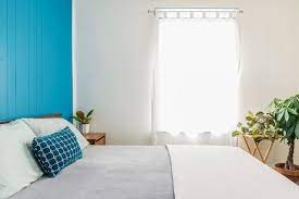choose a bedroom accent wall and color
