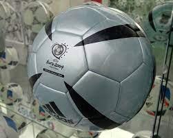 يويفا يورو 2004 (فيديو لعب) - ويكيبيديا
