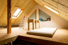 fiberglass insulation vs foam attic