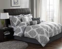 use grey and white bedding