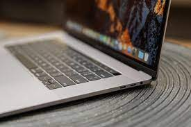 How to connect external displays to a 2017 MacBook Pro - TechRepublic