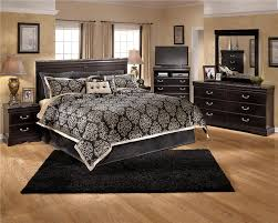 Bedroom  Comfy Master Bedroom Design Idea With Microfiber Chairs - Bedroom idea images