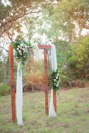 classic timber port douglas wedding arch hire