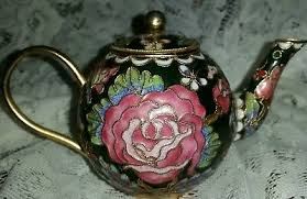 BEAUTIFUL <b>Metal Teapot</b> Enamel Over <b>Metal</b> w/ Gold Trim <b>Flowers</b> ...