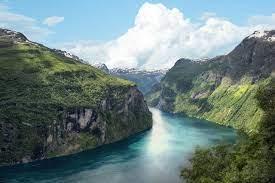 Mare di Norvegia ed suoi fiordi