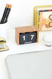 diy desk decor flip block calendar