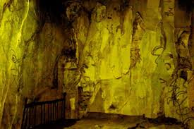 The Yellow Wallpaper Short Story Pdf Group 46