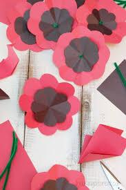 Make A Paper Poppy Flower Diy Paper Poppy Housing A Forest