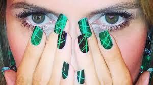 Tmave Zelene Nehty