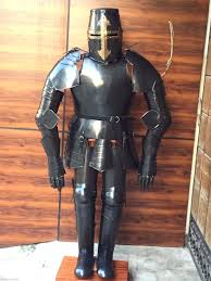 Suit Display Stands Medieval knight black crusader suit of armor with wooden display 27
