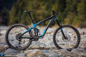 Back Issue Giant Reign Advanced 0 Team Review Enduro