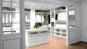 Closet Design Dimensions Walk In Closet Dimensions Design W Nongzico