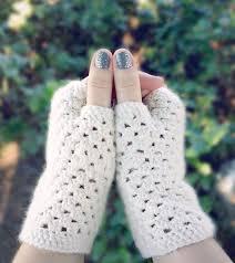 Crochet Gloves Pattern Extraordinary 48 Easy Crochet Mitten Patterns Even Beginners Can Make Dabbles