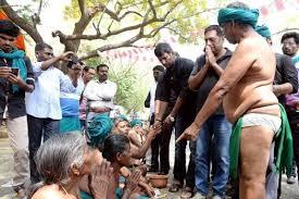 விவசாயத்தை காக்க போராட்டம் பன்னுறானுகளாம்