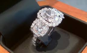 whether your loved one is a fan of owning celebrity replica jewelry or custom made jewelry you can be sure to find exactly what you re looking for at capri