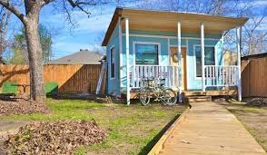 tiny houses austin. Tiny Houses For Rent Austin Tx With Bright Wall Colors And Use The Spacious Terrace P