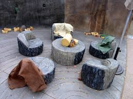 Tree Stump Seats Tree Stump Ideas For Furniture And Decorating
