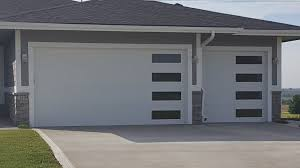 what you need to know about garage door wind resistance