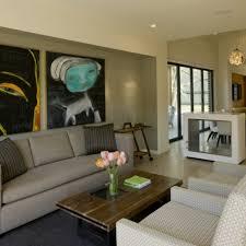 beige family room | dunkle wandfarbe mit hellem sofa ? die ...